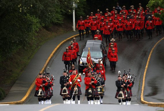 sarah beckett funeral
