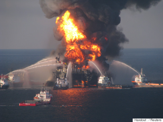 bp deepwater horizon rig explosion
