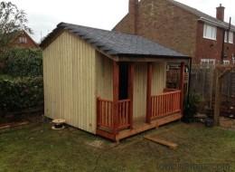 Von außen sieht es aus wie eine Gartenhütte - doch drinnen wartet der pure Luxus