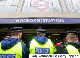 Pour aller plus vite, «ne marchez pas dans l'escalier mécanique» du métro londonien
