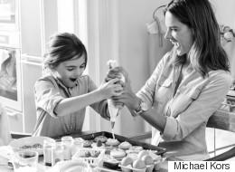 Alessandra Ambrosio et sa fille en vedette pour Michael Kors (VIDÉO)
