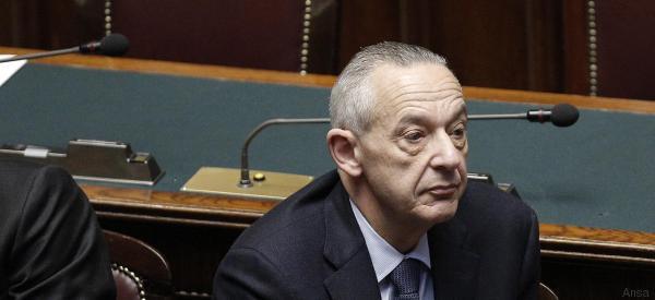 L'ira delle associazioni lgbt contro le frasi omofobe di Del Basso De Caro