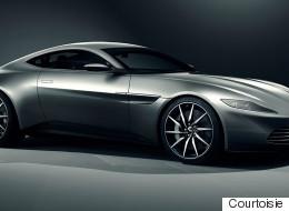 James Bond au volant d'une voiture électrique