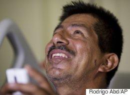 Équateur: un survivant sort des ruines du séisme
