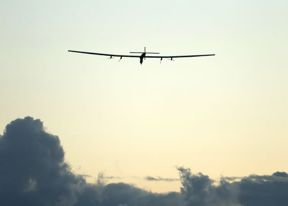 solar impulse 2 solar powered plane