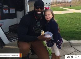 Little Girl Gives Favourite Garbage Man A Cupcake, Sets Friendship Goals