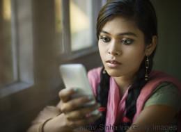 Inde: un bouton d'alerte obligatoire sur les téléphones pour contrer les viols