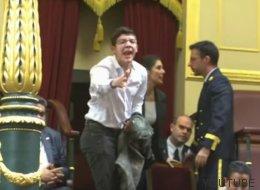 Patxi López ordena desalojar a un venezolano tras llamar esto a Podemos
