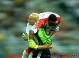 Flash-Back: Quand un gardien roumain aidait un attaquant tunisien blessé en plein match de Coupe du monde 1998