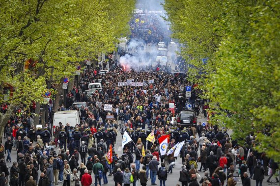 francia protestas