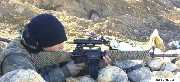 Une Albertaine a combattu l'EI en Syrie