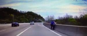 VIDEO POLICIER SAUVETAGE SUICIDE