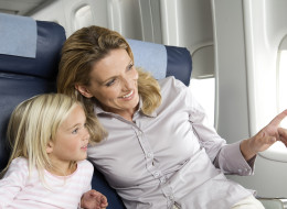 Air Canada Removes Fee To Seat Children With Their Parents