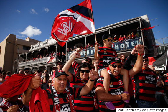 wanderers fans adelaide oval