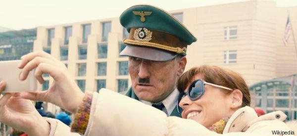 Hitler è qui tra noi e fa pure ridere (ma non troppo)