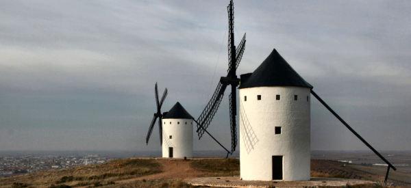 Nella Spagna di Cervantes dove ci sono ancora i mulini di Don Chisciotte