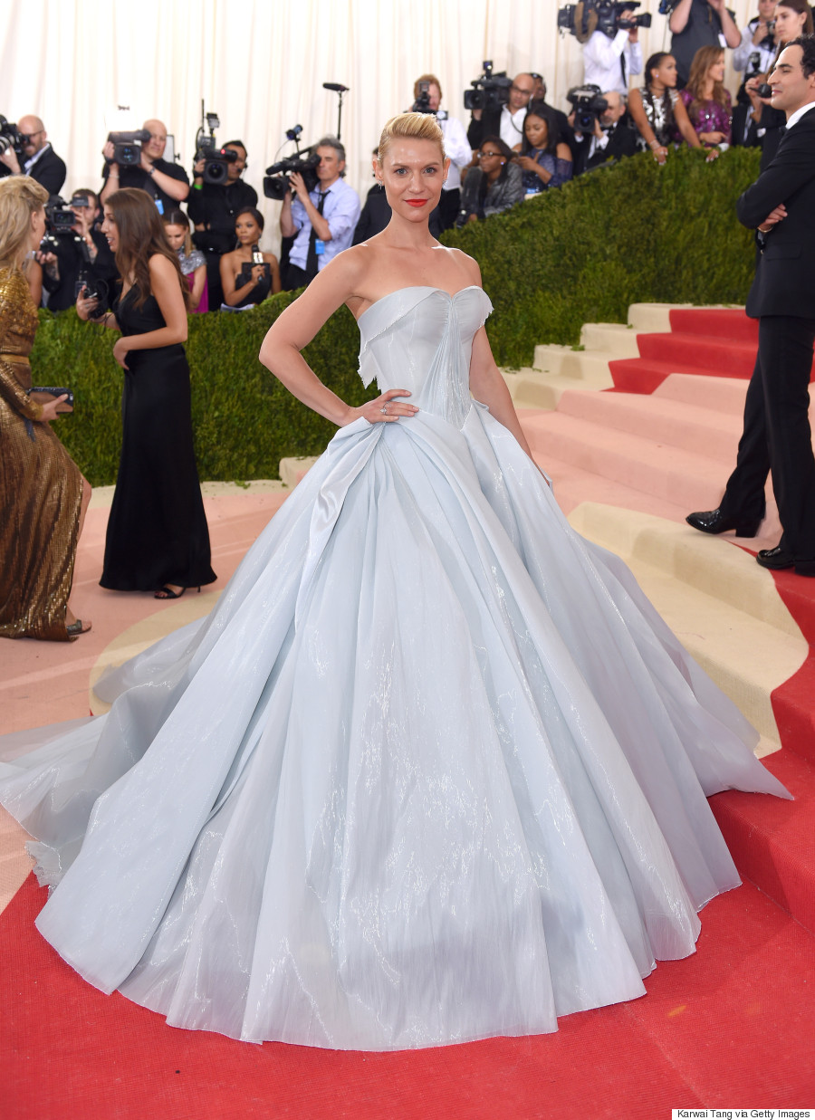 Met Gala 2016 Claire Danes Channels Cinderella In Zac