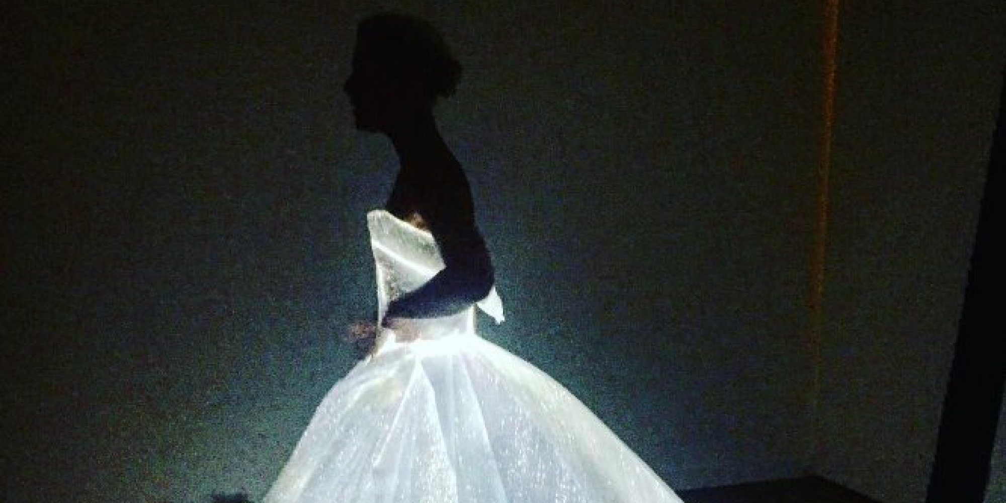 Met Gala 2016 Claire Danes Channels Cinderella In Zac