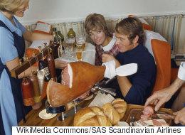Voici à quoi ressemblaient les repas en avion dans les années 60 (PHOTOS)
