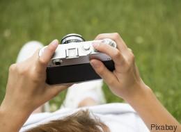 Devuelve una cámara perdida a un grupo de niños a través de Facebook