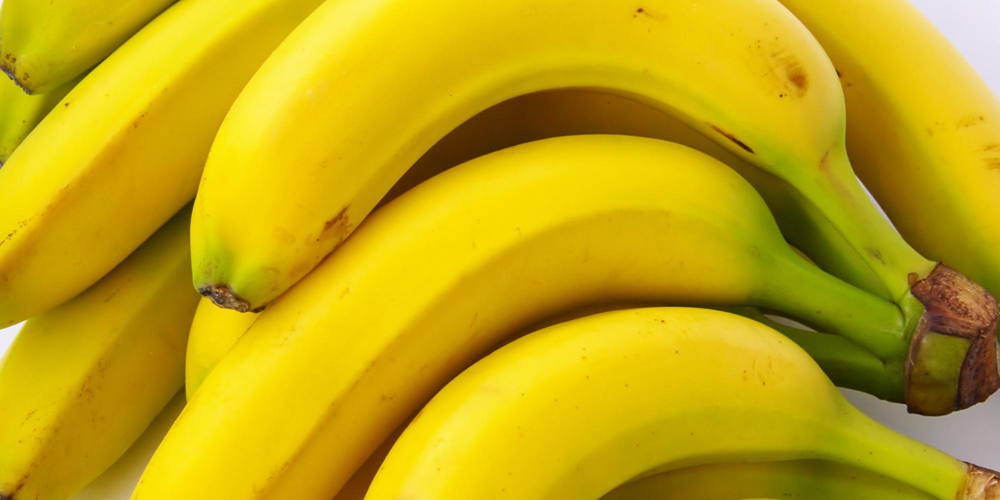 il est d sormais interdit de manger une banane devant sa webcam en chine. Black Bedroom Furniture Sets. Home Design Ideas