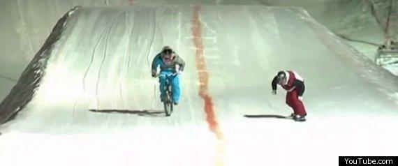 SNOWBOARD RACE