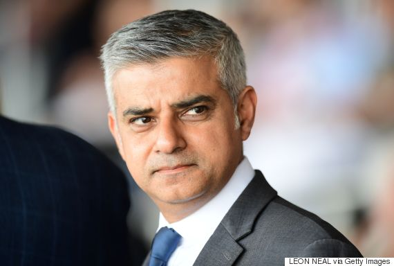 Trump uses Twitter to go after London mayor