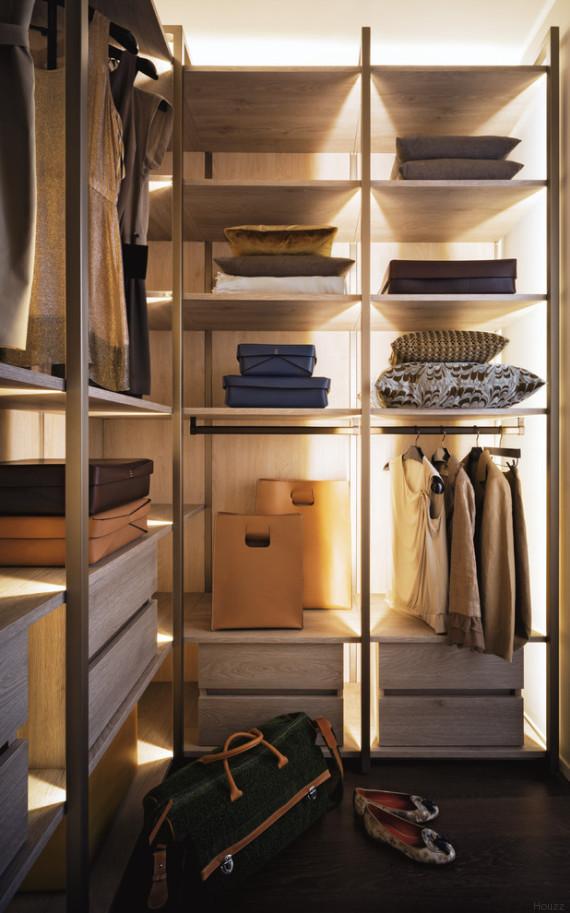 Houzz vi spiega come realizzare la cabina armadio perfetta - Porta cabina armadio fai da te ...