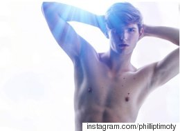 Watch This Male Model Slay 25 Poses In 29 Seconds