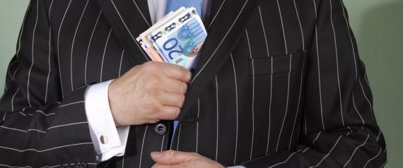 RICH BANKER EURO
