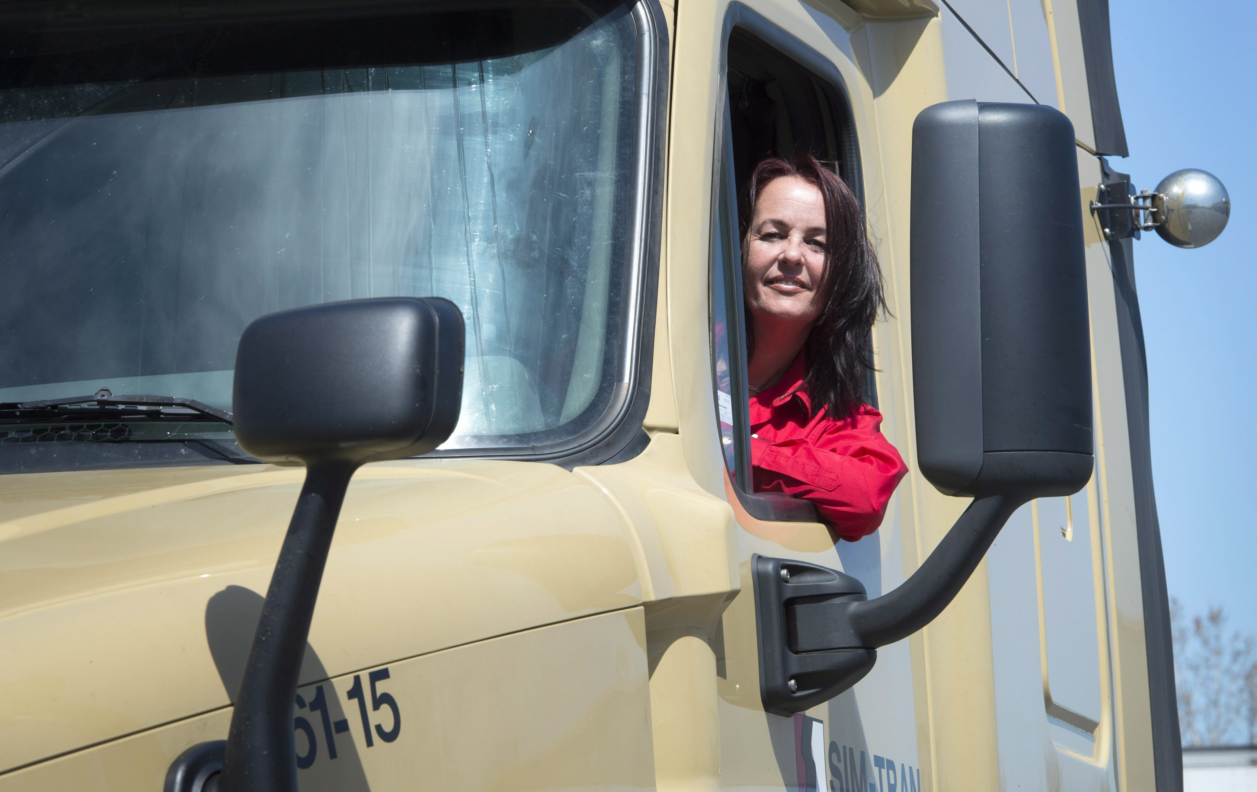 Nadine gauthier trucking canada truck driver
