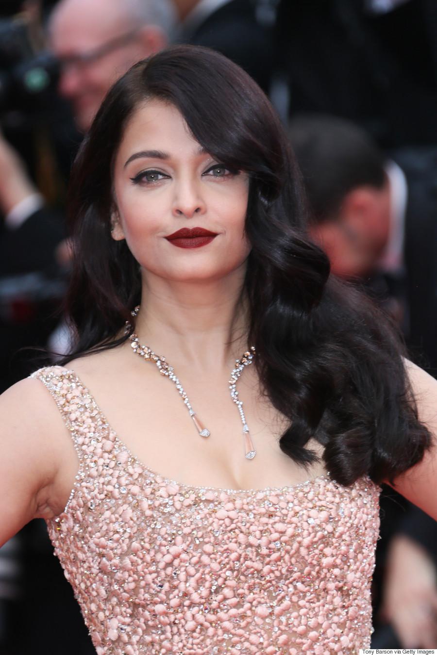 Cannes 2016 Aishwarya Rai Rocks Purple Lipstick To From