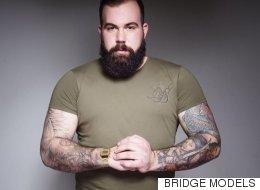 Bridge Models: la première agence de mannequins pour hommes tailles plus du Royaume-Uni