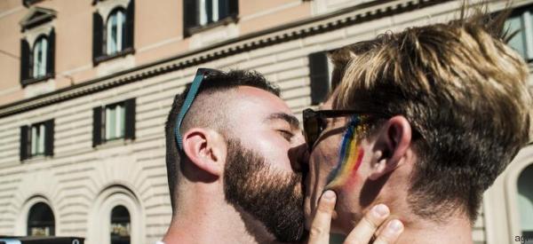 Dopo secoli di pianti, roghi e gulag oggi noi omosessuali guardiamo al futuro con ottimismo