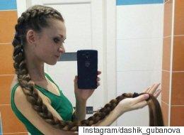 Après avoir fait pousser ses cheveux pendant 13 ans, elle rivalise avec Raiponce