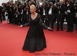 Cannes 2016: Helen Mirren offre la seconde chute (PHOTOS)