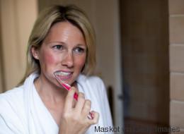 6 Fehler, die du bis jetzt immer beim Zähneputzen gemacht hast