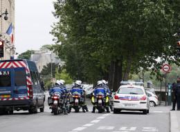 L'impressionnant dispositif policier pour l'interrogatoire d'Abdeslam à Paris