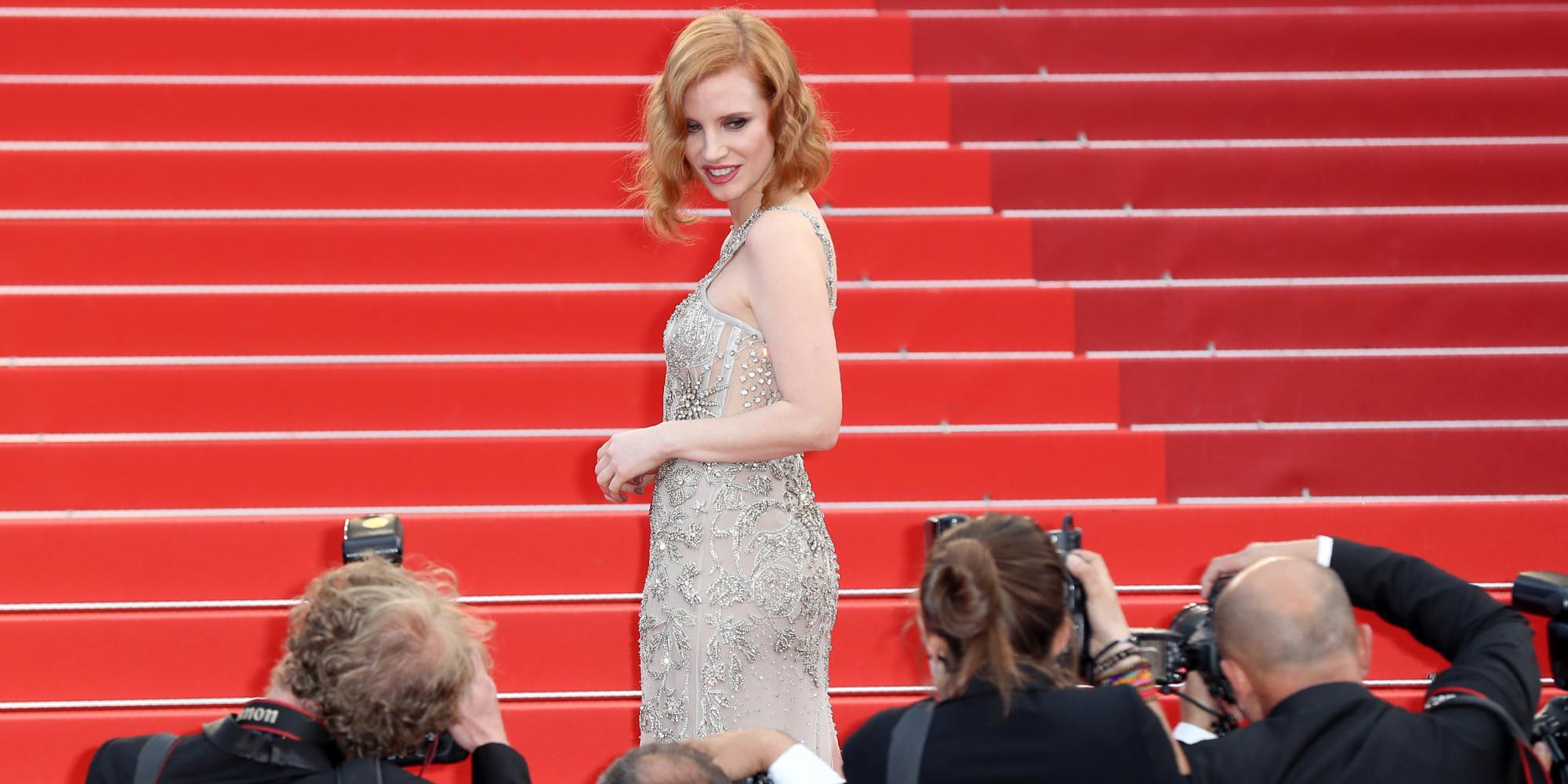 Pourquoi Nous Sommes Fascin S Par La Mont E Des Marches Du Festival De Cannes