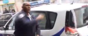 POLICIER VOITURE BRULEE