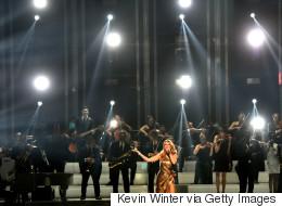 Voyez un extrait de la performance émouvante de Céline aux BBMAs (VIDÉO)