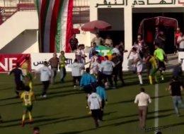 La vidéo choquante du passage à tabac du gardien de but de la Marsa lors d'un match de football (VIDÉO)