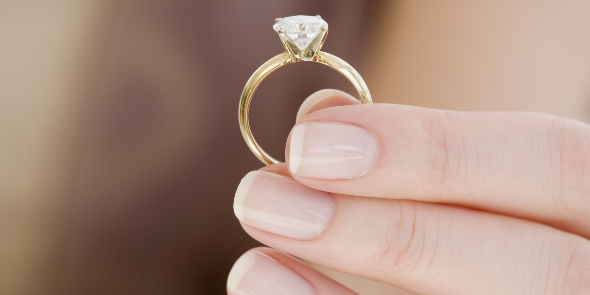Woman Says Kay Jewelers Swapped Her Engagement Diamond For
