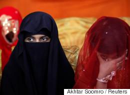 Pakistan: les autorités religieuses veulent autoriser les hommes à «battre légèrement» leurs femmes