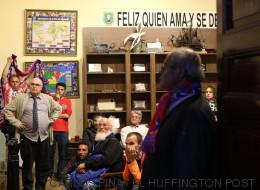 Nervios, lágrimas, alegría: la final vista por los sintecho de San Antón (FOTOS)