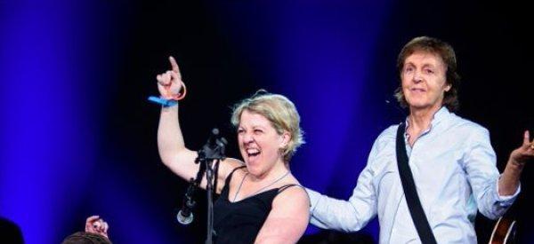 Des fiançailles et une Marseillaise pour Paul McCartney à Bercy