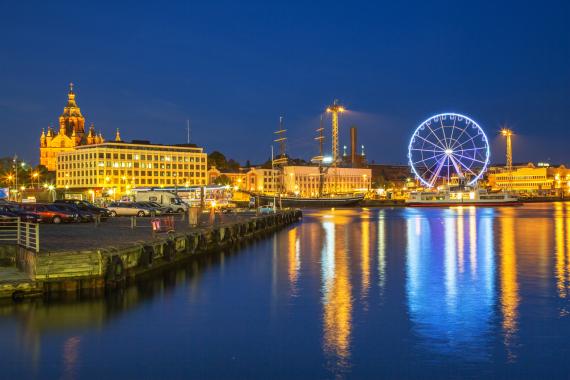 helsinki finland city night