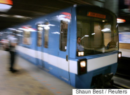 Des annonces honnêtes dans le métro de Montréal (VIDÉO)