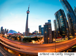 Bad Signs Are Piling Up For Toronto, Vancouver Real Estate