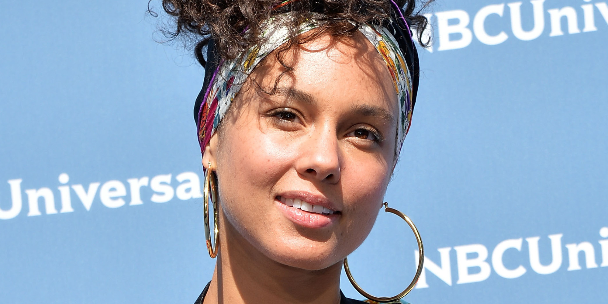alicia keys shares makeup photo in essay published on lena alicia keys shares makeup photo in essay published on lena dunham s newsletter
